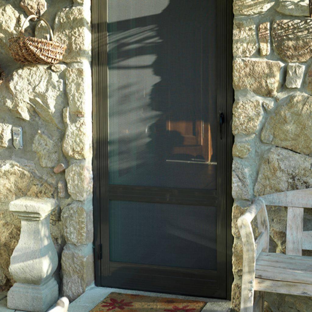 moustiquaire battante pour porte marseille marseille grand sud habitat. Black Bedroom Furniture Sets. Home Design Ideas