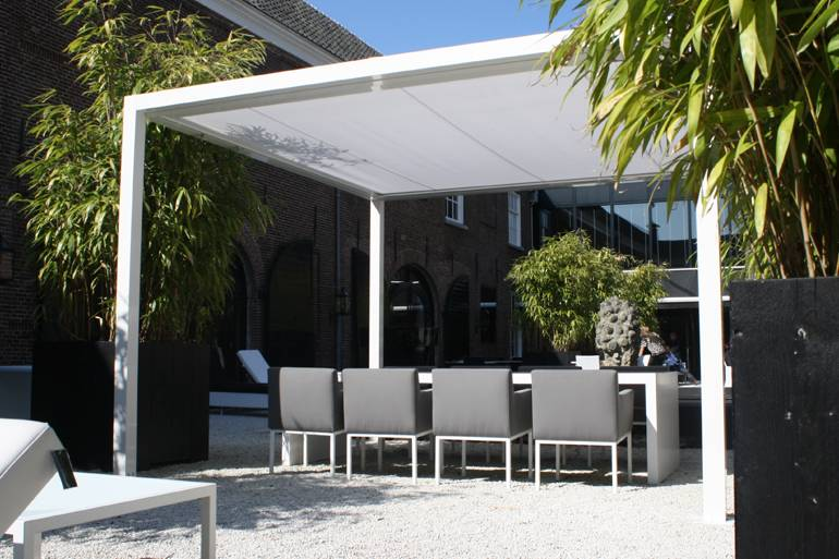 pergolas toit rigide fixe marseille marseille grand sud habitat. Black Bedroom Furniture Sets. Home Design Ideas
