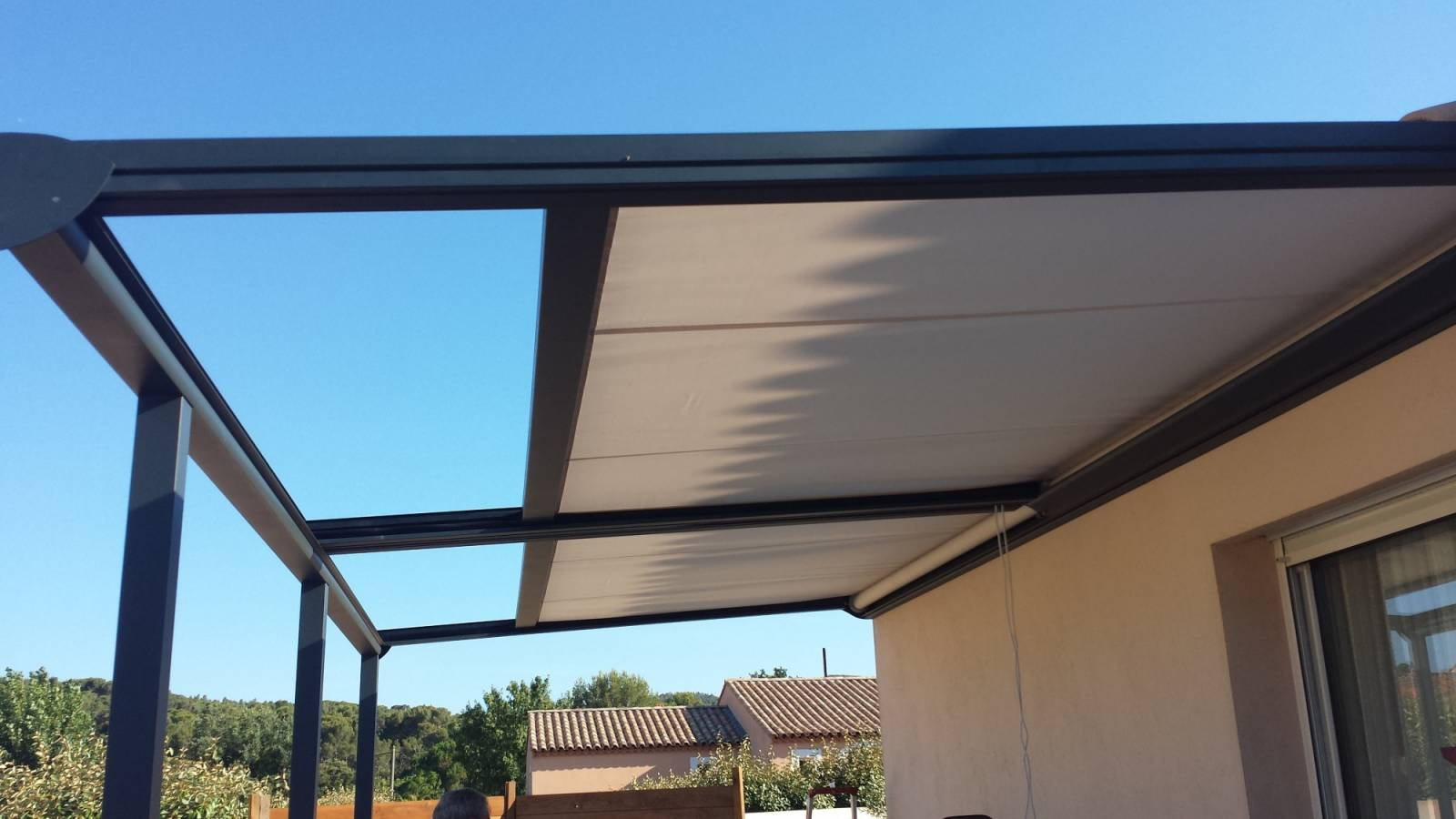 Pergolas toile r tractable marseille marseille grand - Pergola alu toile retractable ...