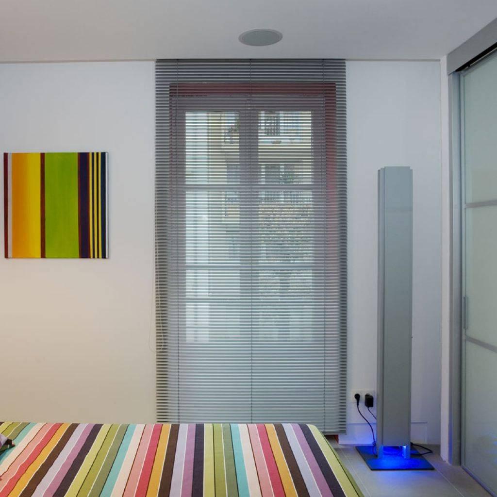 store int rieur marseille store v nitien marseille grand sud habitat. Black Bedroom Furniture Sets. Home Design Ideas