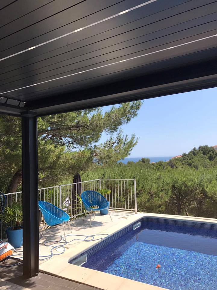 pergola bioclimatique open avec lames orientables int gr es sur marseille marseille grand. Black Bedroom Furniture Sets. Home Design Ideas