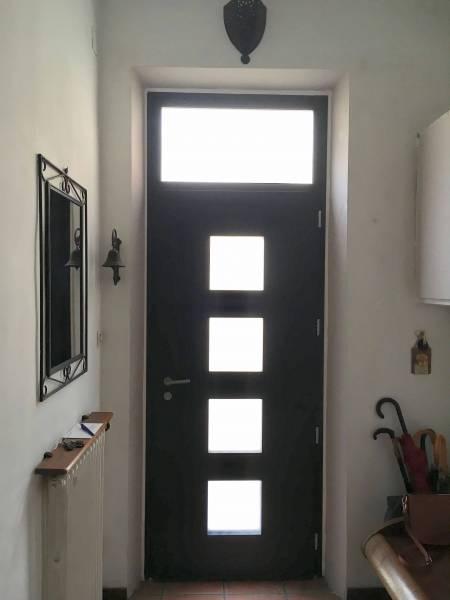 porte d 39 entr e marsa en aluminium de chez bel 39 m pos e par. Black Bedroom Furniture Sets. Home Design Ideas